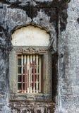 在陵墓的窗架王侯坟茔领域的,马迪凯里印度 免版税库存图片