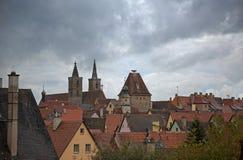 在陶伯屋顶的Rothenburg 免版税库存图片