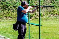 在陶土飞靶射击的竞争在戈梅利地区白俄罗斯共和国 免版税库存图片