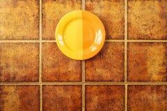 在陶瓷砖背景的板材 图库摄影