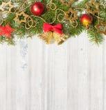 在难看的东西木板的圣诞节装饰 免版税库存照片