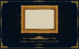 在雄鸭样式背景,葡萄酒照片框架古董,设计样式的泰国皇家金框架 库存图片