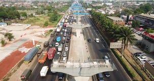 在雅加达Cikampek收费公路的交通堵塞 股票视频