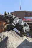 在雅罗斯拉夫尔市市,俄罗斯的熊标志 免版税图库摄影