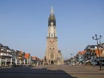 在集市广场的Nieuwe Kerk在德尔福特在荷兰 免版税库存图片
