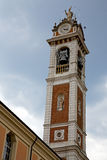 在雕象塔响铃的晴天米兰老摘要 库存图片
