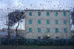 在雨中 免版税图库摄影
