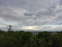 在雨前的云彩 库存图片