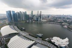在雨前的雨云在新加坡 库存图片