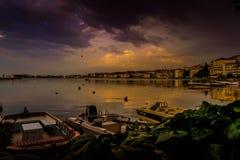 在雨以后在小游艇船坞 库存照片