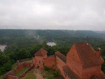 在雨以后的城堡 免版税库存图片