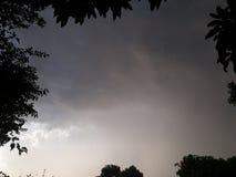 在雨以后的天空 免版税库存照片