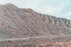 在雨以后的山坡 库存图片