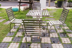在雨以后的椅子 库存照片