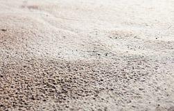 在雨以后的沙子表面 免版税库存照片