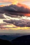 在雨以后的洛杉矶 库存照片
