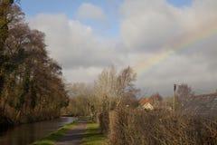 在雨以后,彩虹 免版税库存照片
