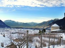 在雪以后一个美好的风景 免版税库存照片