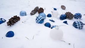 在雪的光明节装饰品 库存照片