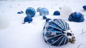 在雪的光明节装饰品 免版税库存图片