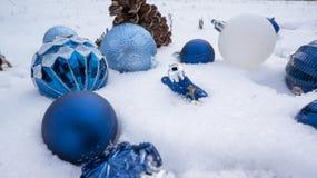 在雪的光明节装饰品 库存图片