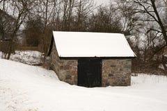在雪的小棚子 库存图片