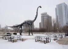 在雪的恐龙 库存图片