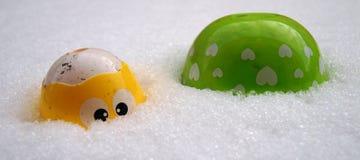 在雪的木偶 免版税库存照片