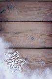 在雪的雪花 图库摄影