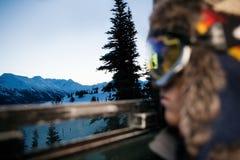 在雪盖的山看法  免版税库存图片