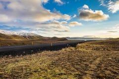 在雷克雅未克附近的Kleifarvatn在冰岛在欧洲 免版税库存图片