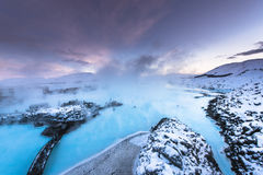 在雷克雅未克,冰岛附近的著名蓝色盐水湖 库存图片