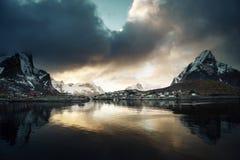 在雷讷, Lofoten海岛的日落 库存照片