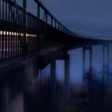 在雾,蓝色口气的桥梁 免版税图库摄影