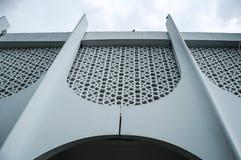 在霹雳州状态清真寺围住细节在怡保,霹雳州,马来西亚 免版税库存照片