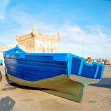 在非洲摩洛哥老港口木头和抽象饼的小船 库存照片
