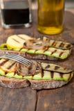 在面包的烤菜 库存图片