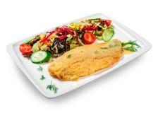 在面团的油煎的鱼与菜 库存图片