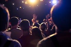 在音乐会期间的人群 库存照片