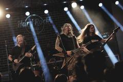 在音乐会的摇滚乐队Bocovina 免版税库存图片