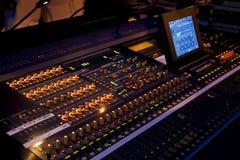 在音乐会的混音器 库存图片