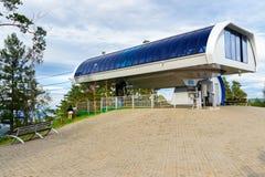在顶面山的驾空滑车驻地 俄国储备Stolby自然圣所 在克拉斯诺亚尔斯克附近 免版税库存照片
