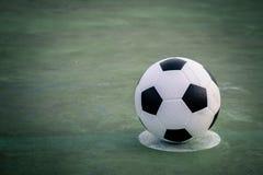在领域的橄榄球 免版税库存照片