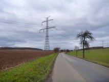 在领域的路在11月 免版税库存照片