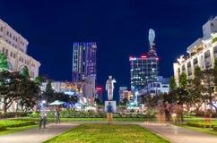 在颜色安格纽的胡志明纪念碑在胡志明市 库存图片
