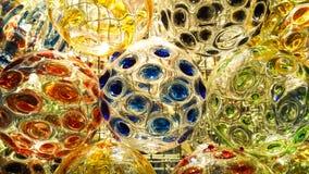 在颜色油漆ofglass球的美好的照明设备 库存照片