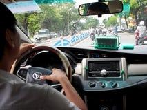 在颜色的一辆出租汽车里面,越南 免版税图库摄影