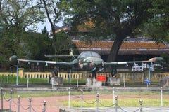 在颜色的赛斯纳A-37蜻蜓 越南 免版税库存照片