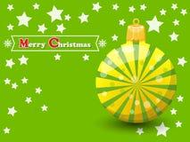 在颜色背景的圣诞节球 新年快乐和decorat 免版税库存照片