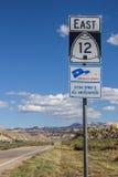 在风景小路12的路标在犹他 免版税库存图片